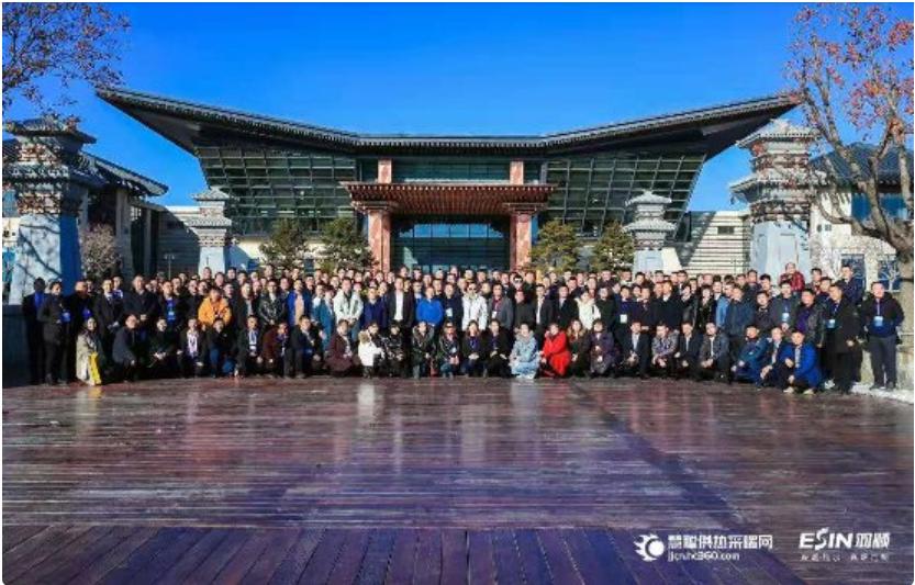 传发展火炬 促行业成长 羽顺杯2019中国供暖行业品牌盛典隆重举行